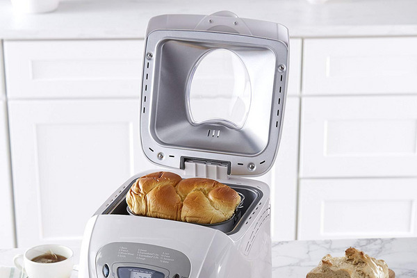 Sunbeam Programmable Bread Maker, 2-Pound